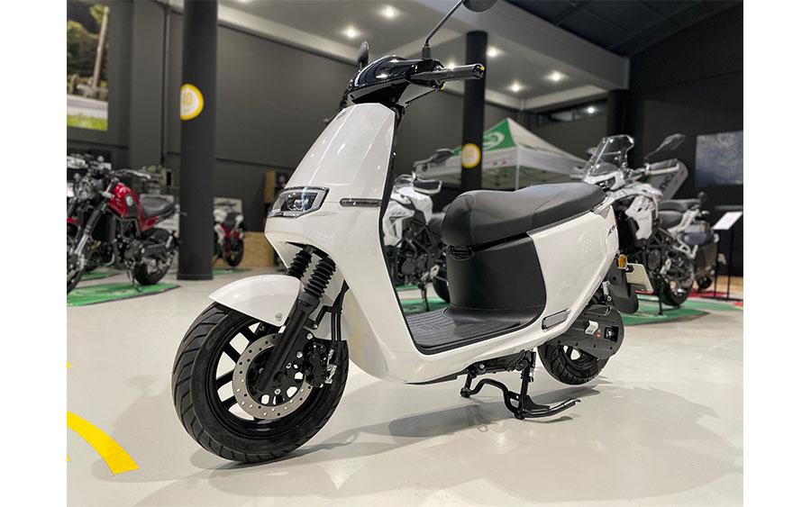 ecooter-e2-max-1